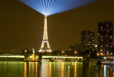 Eiffel Light Stack